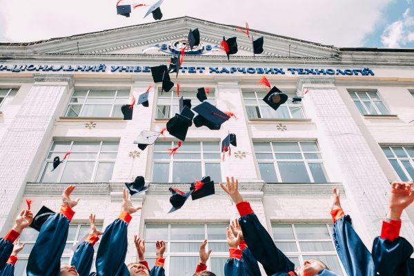 বিদেশে উচ্চ শিক্ষা: টোয়েফল, আইইএলটিএস, জিআরই, জিম্যাট